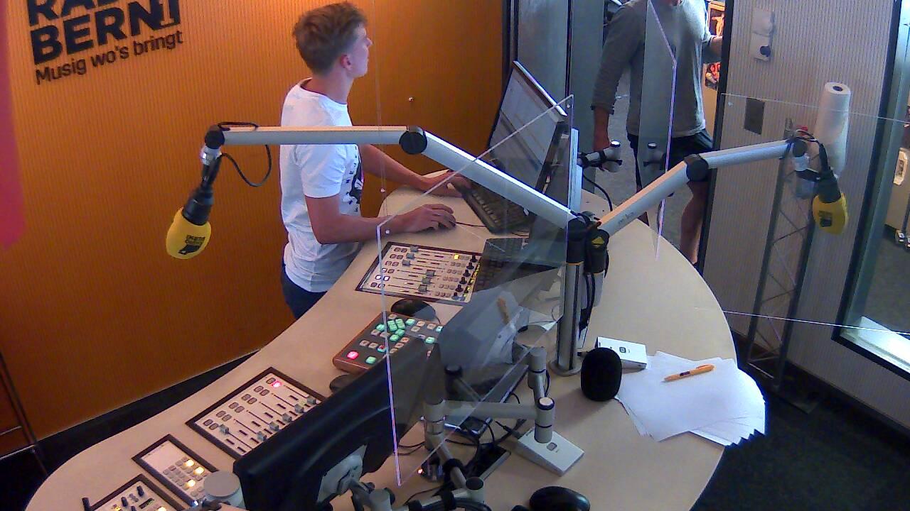 RADIO BERN1 Studio Cam